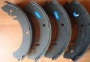 Задние тормозные колодки 2110 обработанные