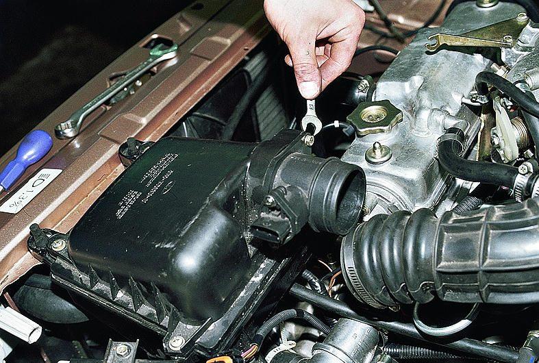 Контрактные двигатели - Купить двигатель TOYOTA AVENSIS