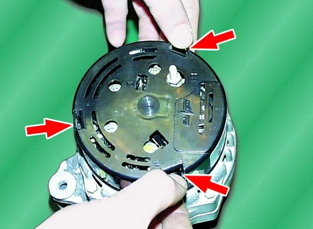 Как заменить щетки на генераторе ваз 2114