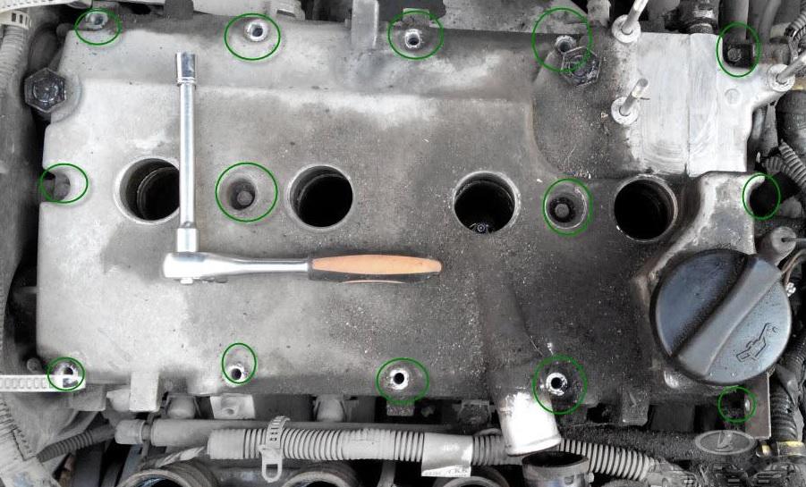 Снятие клапанной крышки