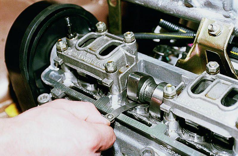 Щуп и замер зазора клапана